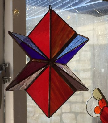 3d stained glass copper foil spinner - a great project for a workshop at Vitreus Art