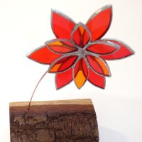 Charming 3d glass flowers from Vitreus Art - click to view or purchase online