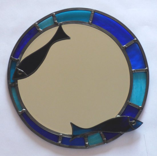 Blue round mirror with fish detail by Vitreus Art